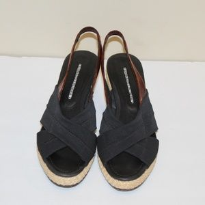 Donald J. Pliner Women size 9.5 M sandals